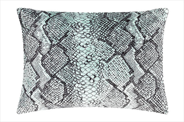 18Oragio_Spearmint_Cushion_Front_SS13preview