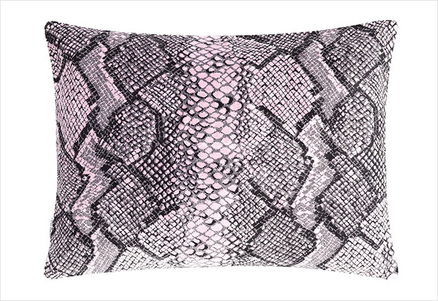 19Oragio_Peony_Cushion_Front_SS13preview