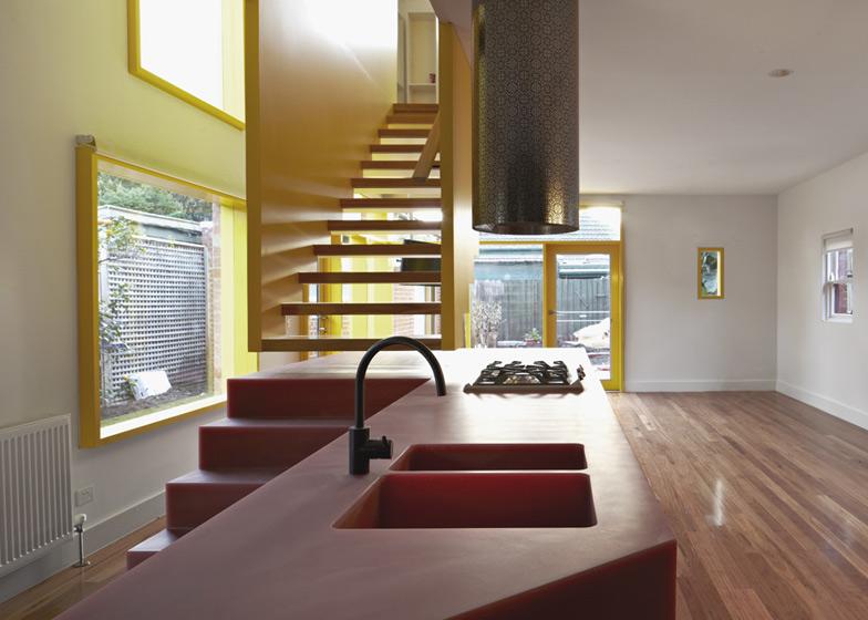 dezeen_Queen-Street-House-by-Edwards-Moore_ss_2