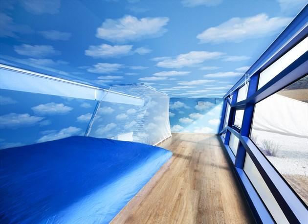 23_235163ad26b3fc4b9d4f000322_rock-it-suda-moon-hoon_spanish_blue-04