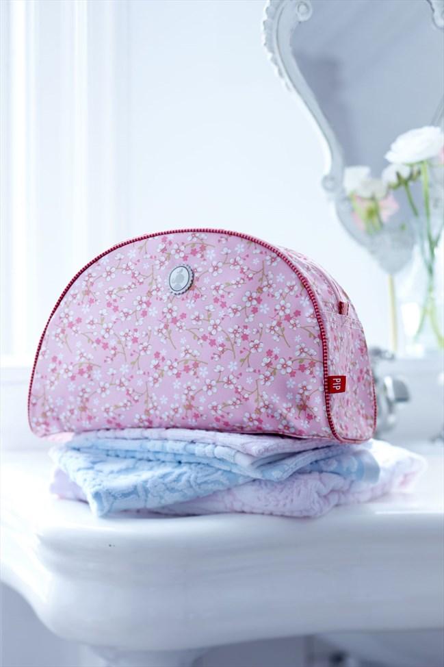 BirdsinParadise_toiletbag_pink_large_sfeer1