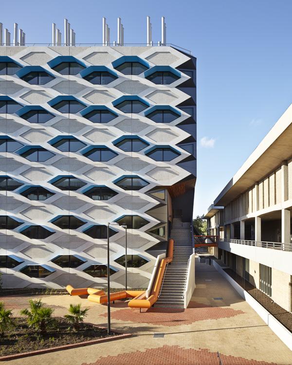 LIMS_La Trobe Institute for Molecular Science_La Trobe University_Lyons_Architects_Melbourne_Australia_Architecture_Architectural Photography_Architectural Photographer_Nils Koenning_13