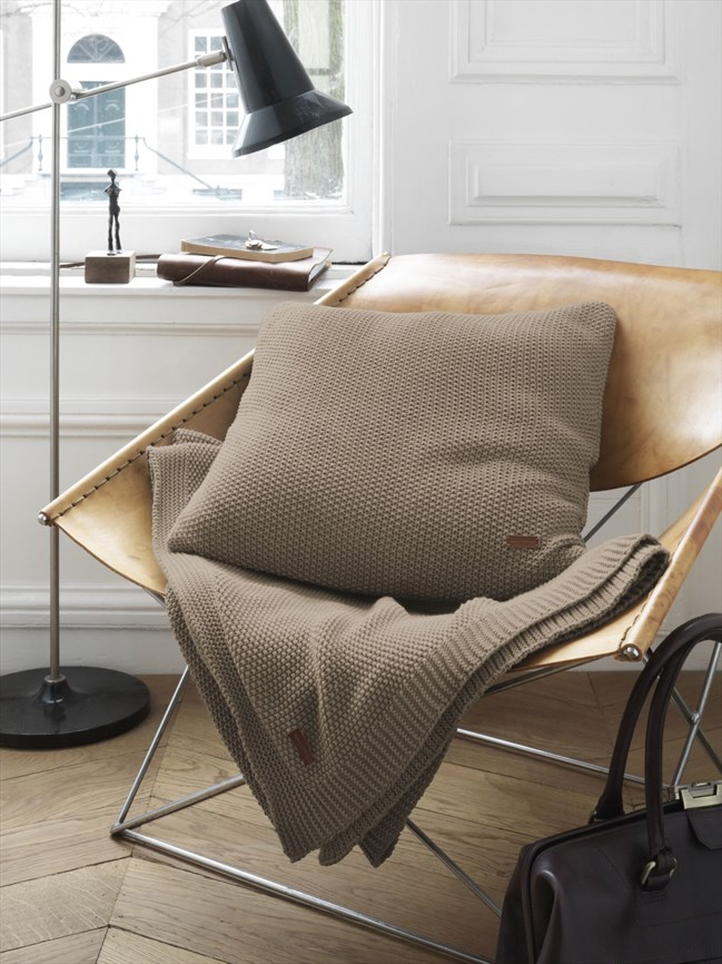 Timeless_Knitted Taupe_Sfeer