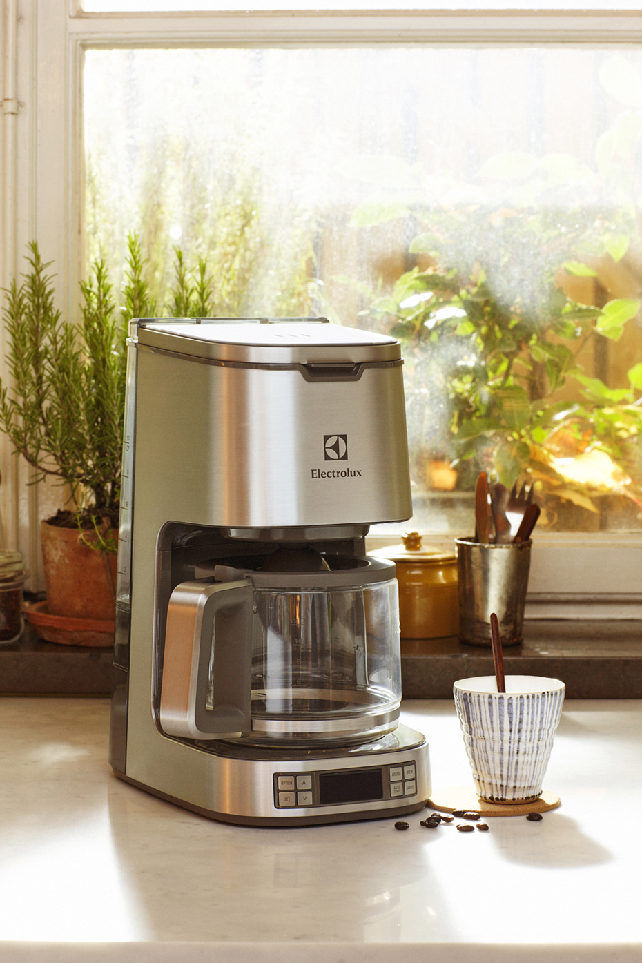 Electrolux_Expressionist_collection_Coffe-maker 930