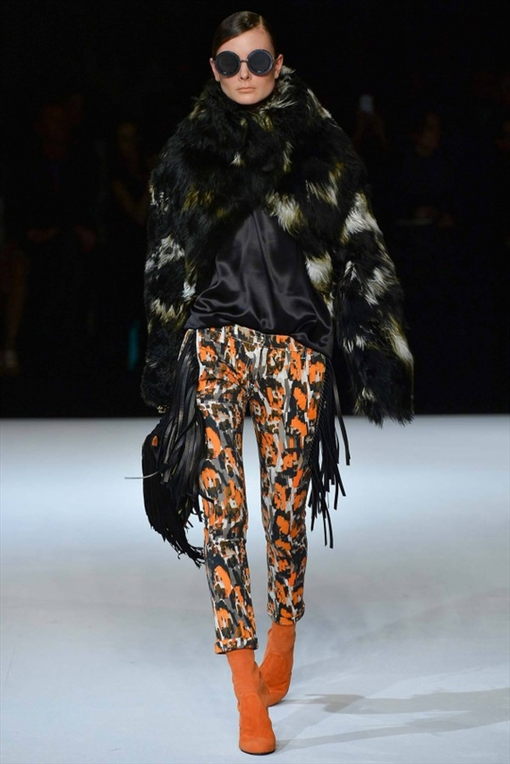 Just-Cavalli-Fall-Winter-2014-2015-Fashion-Trend-Forecasting-1-600x899