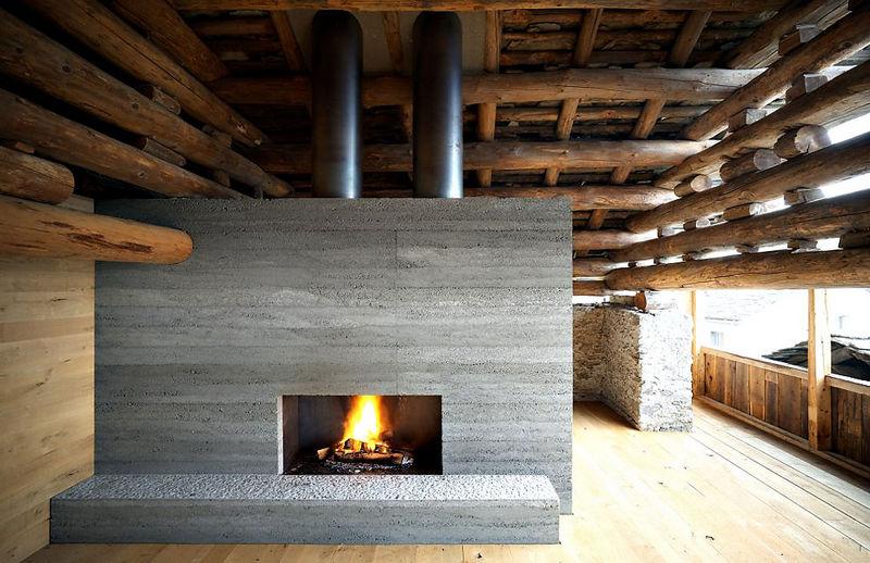 10 oreg_pajta_atalakitasa_haromszintes_modern_csaladi_hazza_nyers_beton_es_fa_kompozicio_16