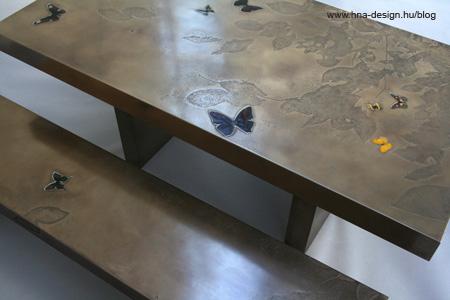 kerti pad integrált lepkével