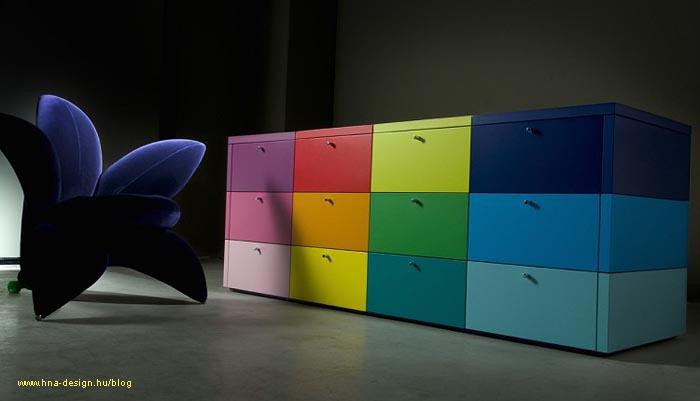 színes bútor izgalmas enteriőrben