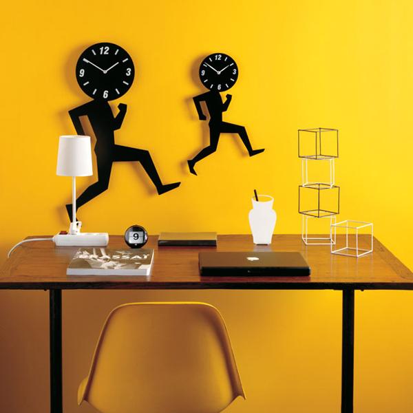 Különleges órák a modern lakberendezésben
