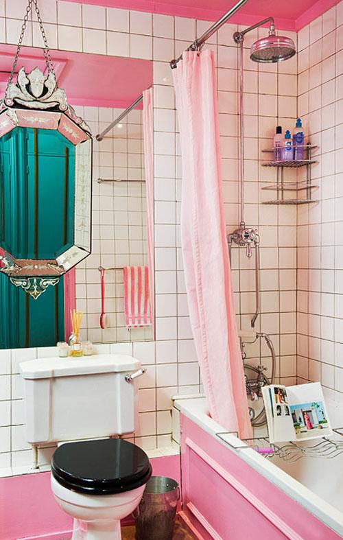 Színes eklektikus lakás lányoknak.